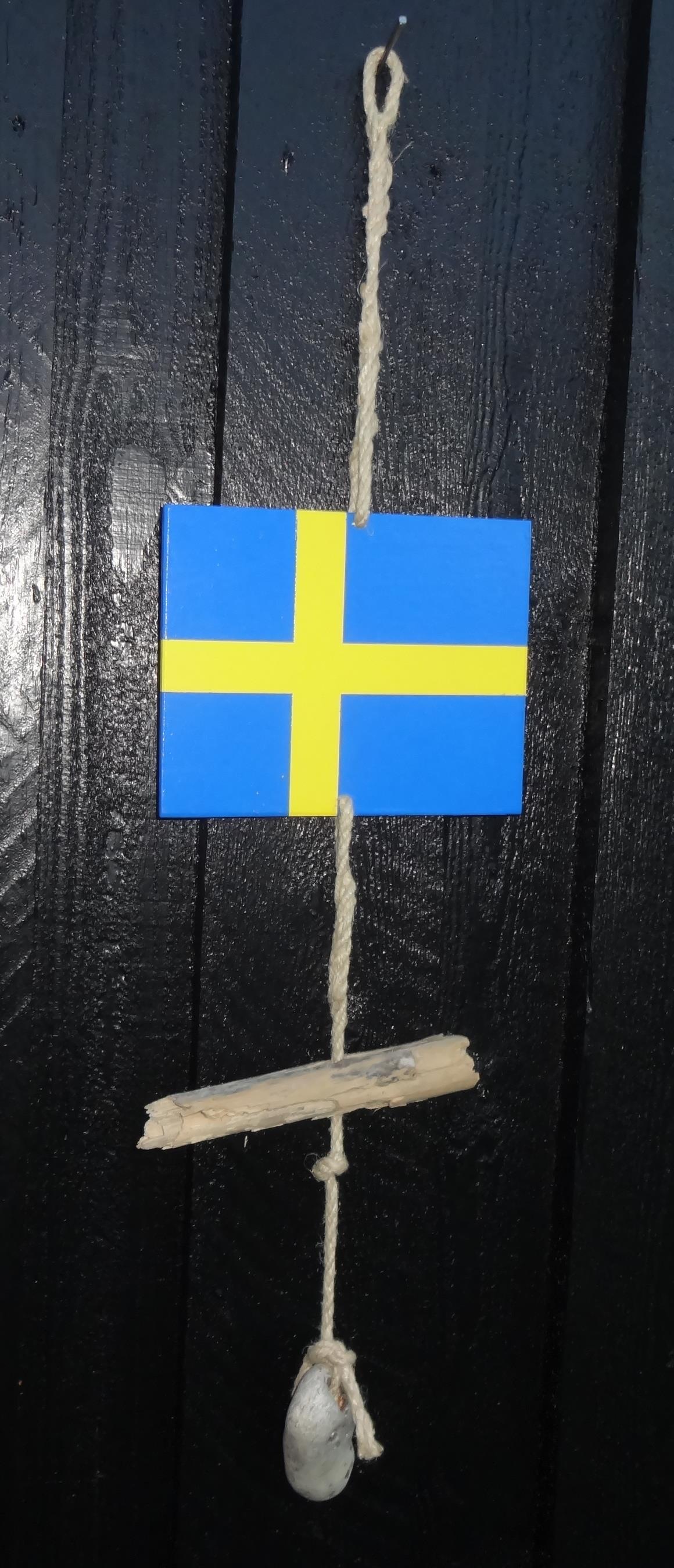 svenske flag og danske flag